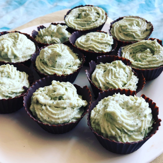 Chocolate Cups with a Minty Cashew Filling